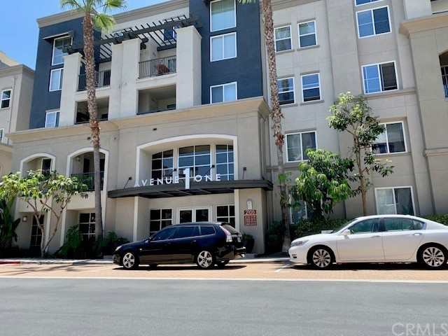Beautiful 1 Bedroom luxury condo in the heart of Irvine in the prestigious Avenue One Community.  Located on the second floor, this beautiful home features beautiful laminate flooring in the entry and kitchen. Kitchen with granite counters.  Washer, Dryer, and Refrigerator included in lease. 9-foot ceilings, in-unit washer, and dryer. Private balcony off of the spacious living room, large bedroom with walk-in closet. Resort-style community amenities include a large pool and spa, fitness center and indoor basketball court, conference room, and study room. Centrally located, minutes away from shopping, entertainment, Orange County Airport, UCI, Newport Beach, and the 405, 73, and 55 freeways