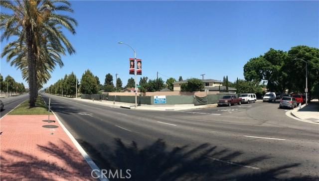 421 S BRISTOL, Santa Ana, CA 92703