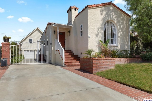 1019 E San Jose Avenue, Burbank, CA 91501