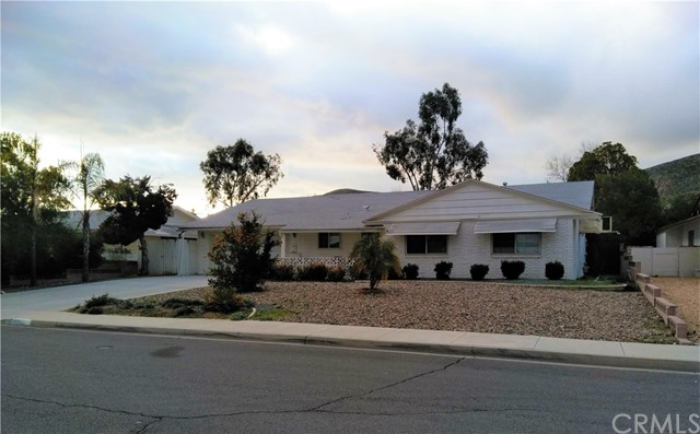 28291 Portsmouth Dr, Sun City, CA 92586 Photo