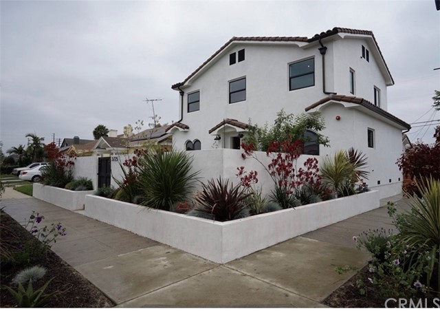 3725 Cimarron Street, Los Angeles, CA 90018