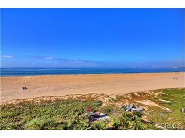 16885 S Pacific Ave, Sunset Beach, CA 90742