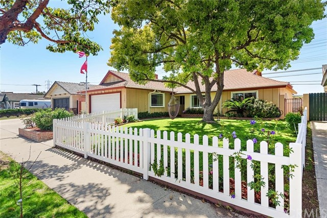 15281  Cascade Lane, Huntington Beach, California