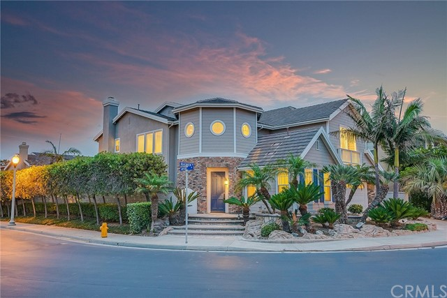 6331  Beachview Drive, Huntington Beach, California