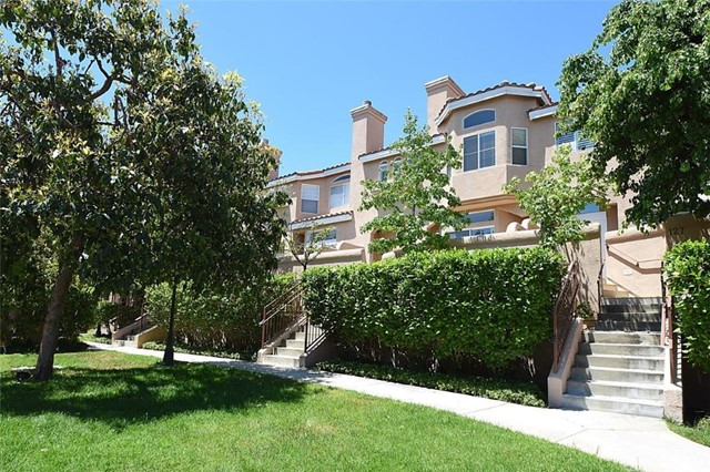 2801 Sepulveda Boulevard, Torrance, California 90505, 3 Bedrooms Bedrooms, ,2 BathroomsBathrooms,Townhouse,For Sale,Sepulveda,SB19106843