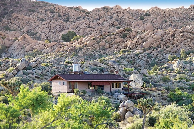 53259 Pipes Canyon Road, Pioneertown, CA 92268