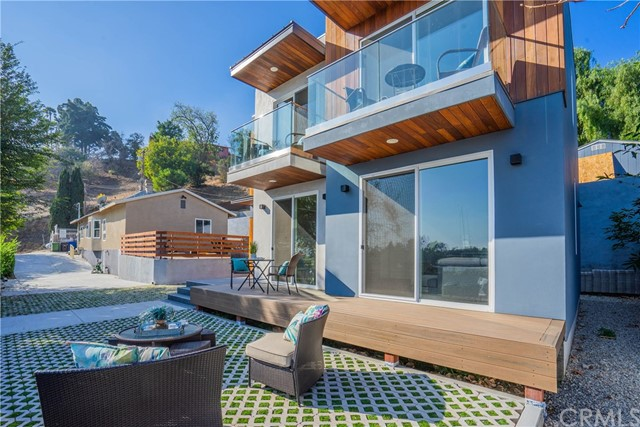 Photo of 2253 Aaron Street, Los Angeles, CA 90026