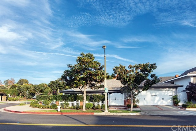 2344 Aralia Street, Newport Beach, CA 92660