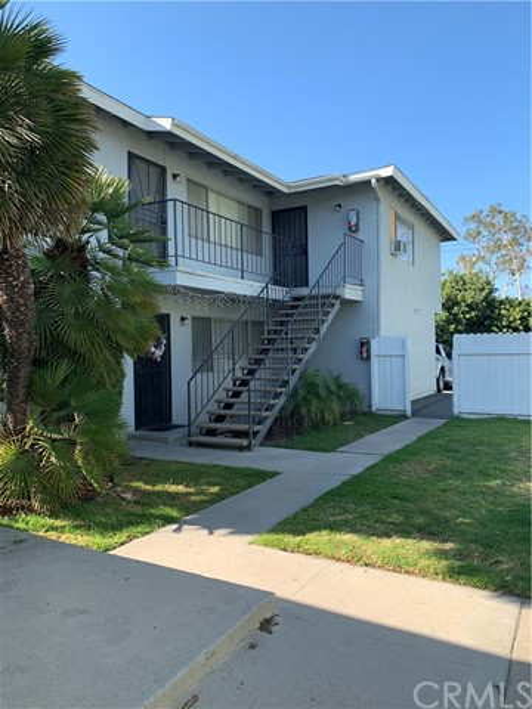 6071 Lemon Avenue, Cypress, CA 90630