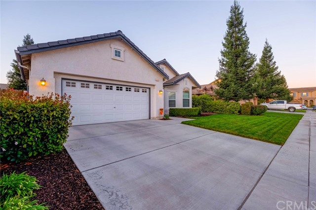 6309 W Robinwood Lane, Fresno, CA 93723