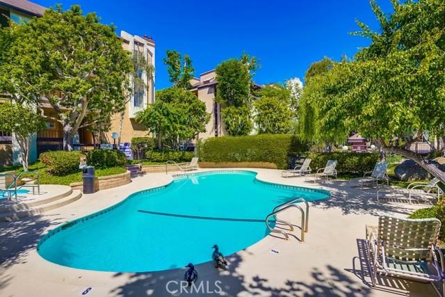 45. 8711 Falmouth Avenue #110 Playa del Rey, CA 90293