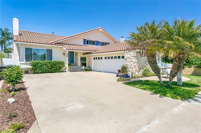6861 Bridgewater Drive, Huntington Beach, CA 92647