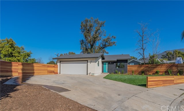 2355 El Sereno Avenue, Altadena, CA 91001
