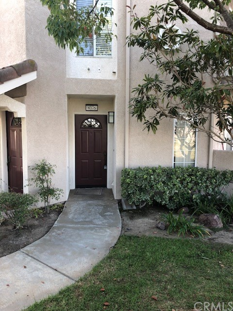 8075 E Sandstone Drive, Anaheim Hills, CA 92808