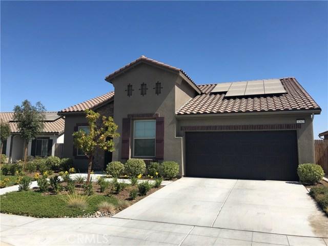 1262 S Apricot Avenue, Fresno, CA 93727