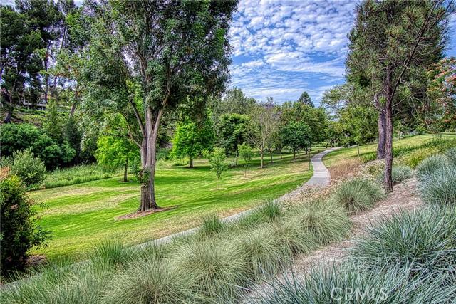 29. 180 AVENIDA MAJORCA #B Laguna Woods, CA 92637