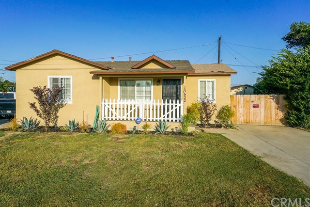 13622 Downey Avenue, Downey, California 90242, 2 Bedrooms Bedrooms, ,1 BathroomBathrooms,Single Family Residence,For Sale,Downey,RS20161993