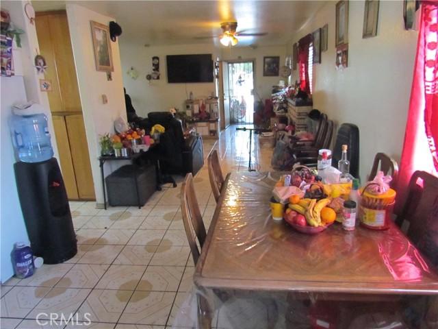 4. 1658 E Vernon Avenue Los Angeles, CA 90011