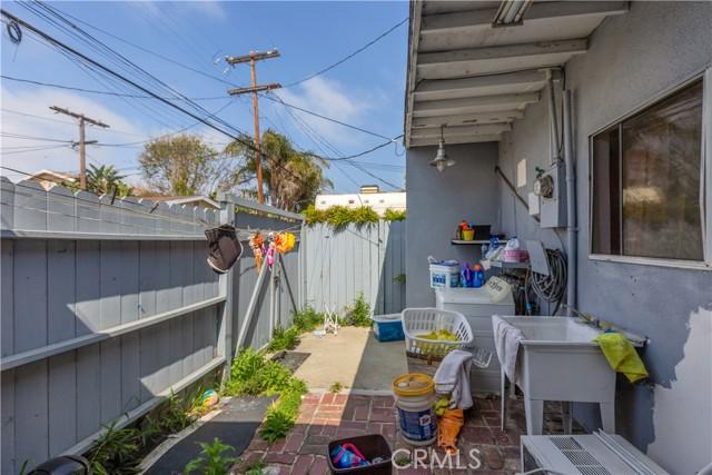 25. 3969 S Centinela Avenue Mar Vista, CA 90066