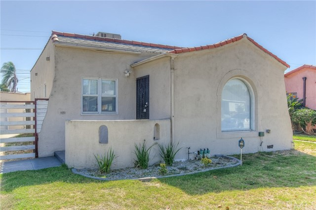 522 W School Street, Compton, CA 90220