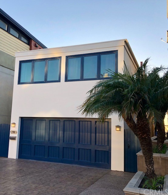 931 Monterey Boulevard, Hermosa Beach, California 90254, 3 Bedrooms Bedrooms, ,2 BathroomsBathrooms,For Rent,Monterey,OC21037641