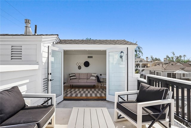 Photo of 413 Jasmine Avenue, Corona del Mar, CA 92625