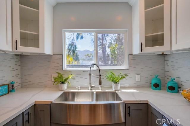 18. 3954 N Sequoia Street Atwater Village, CA 90039