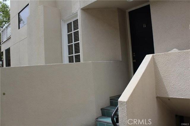 278 S Oak Knoll Av, Pasadena, CA 91101 Photo 2
