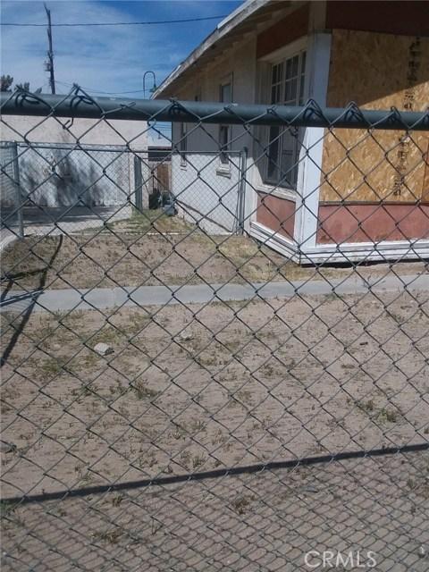 109 W Fredricks St, Barstow, CA 92311