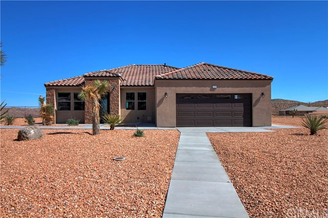 8656 Monument View Drive, Yucca Valley, CA 92284