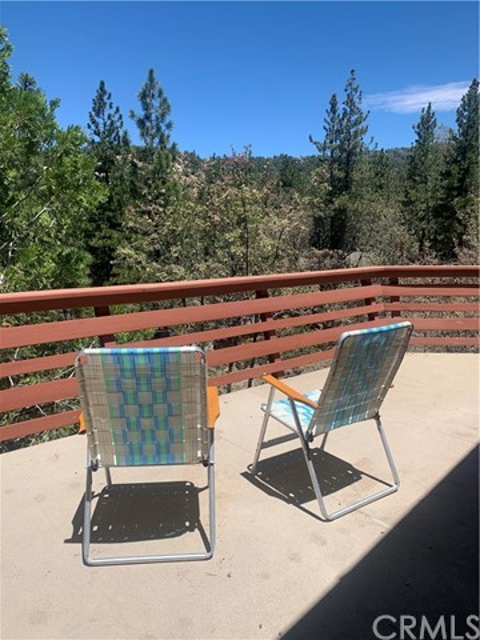 32750 Cougar Ln, Arrowbear, CA 92382 Photo 11