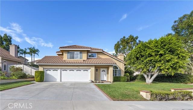 33 Las Castanetas, Rancho Santa Margarita, CA 92688