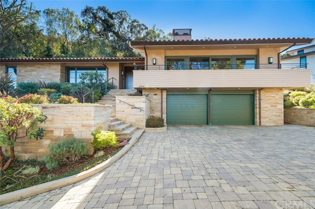 2704 Via Elevado, Palos Verdes Estates, California 90274, 4 Bedrooms Bedrooms, ,2 BathroomsBathrooms,For Sale,Via Elevado,PV21037747