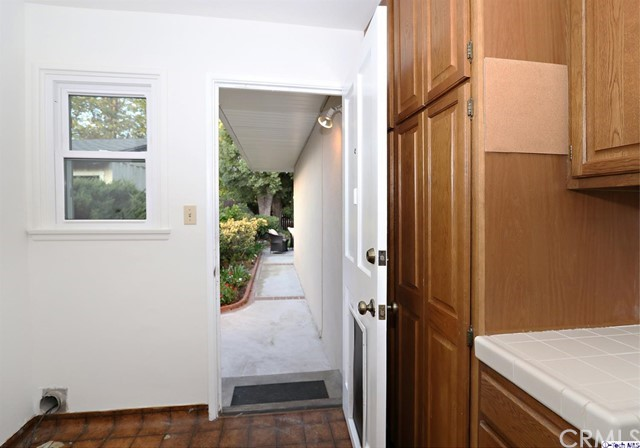 826 Eaton Dr, Pasadena, CA 91107 Photo 15