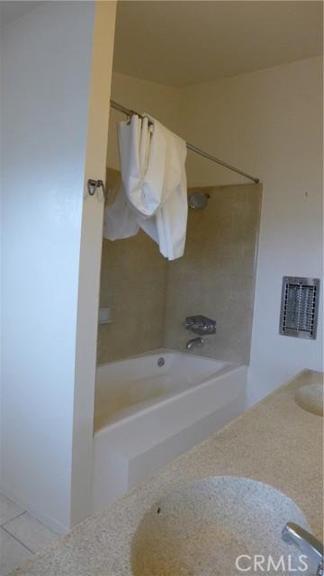 1918 Belmont Lane A, Redondo Beach, California 90278, 3 Bedrooms Bedrooms, ,3 BathroomsBathrooms,For Rent,Belmont,SB21041108
