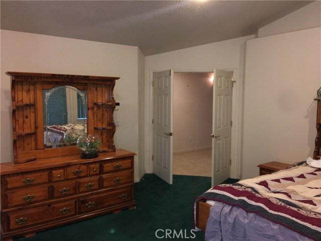9865 Desmond Dr, Oak Hills, CA 92344 Photo 29