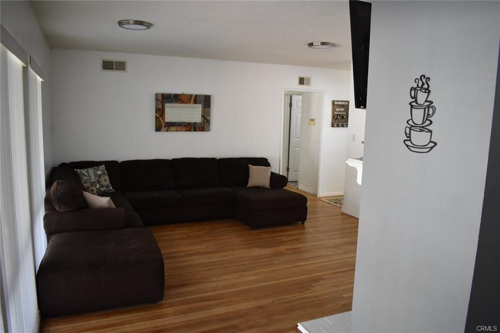 Image 3 of 1342 N Devonshire Rd, Anaheim, CA 92801