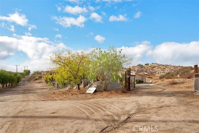 38430 Green Meadow Rd, Temecula, CA 92592 Photo 2