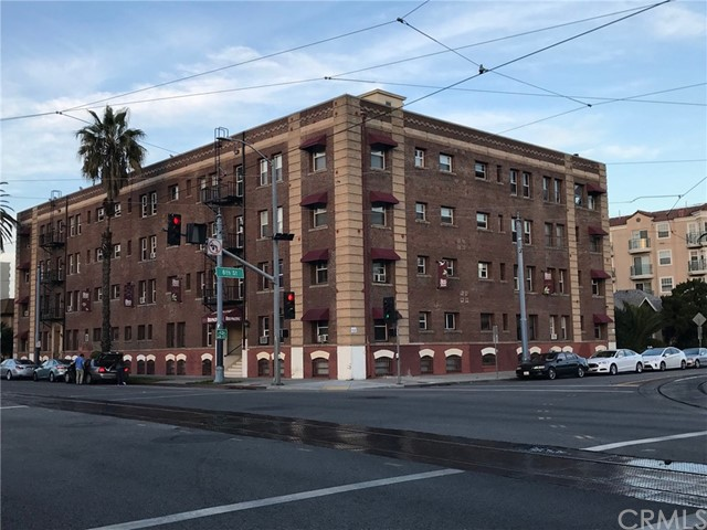 800 Pacific Avenue 402, Long Beach, CA 90813