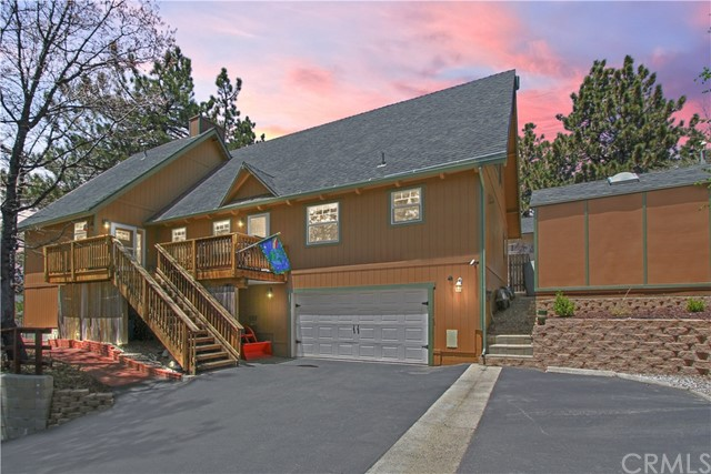 2675 Viking Lane, Running Springs, CA 92382