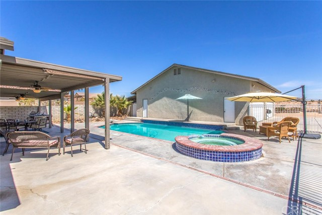 32. 26588 Lakeview Drive Helendale, CA 92342