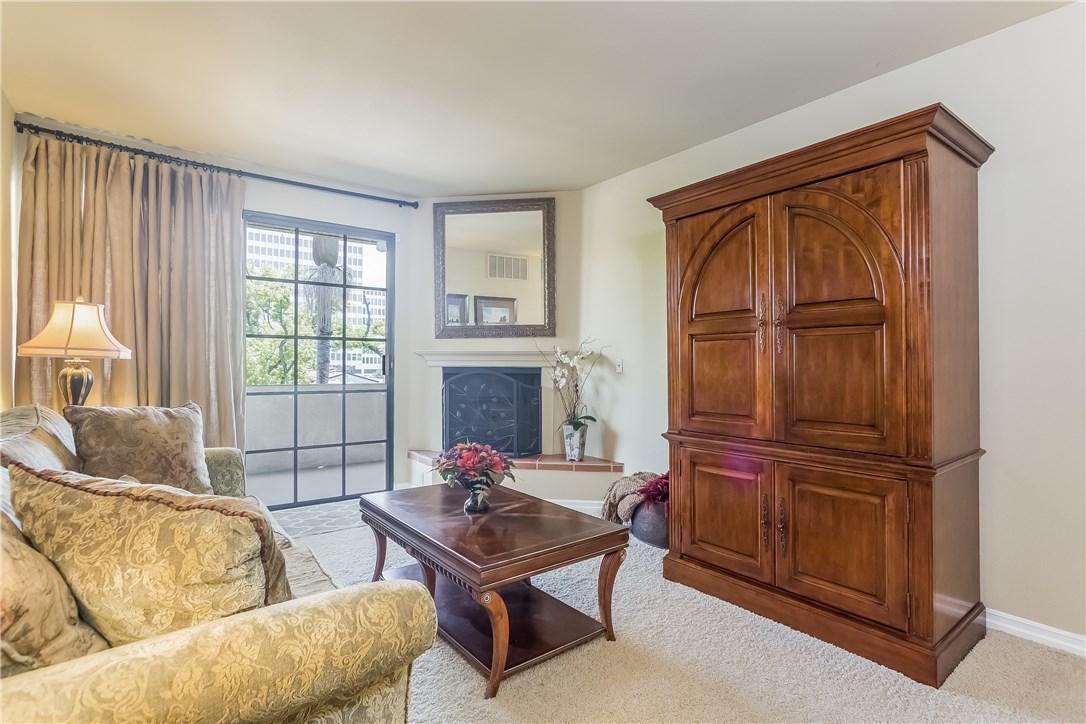 221 S Oak Knoll Av, Pasadena, CA 91101 Photo 8