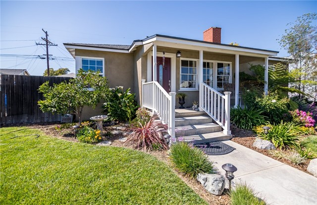 4515 Walnut Avenue, Long Beach, CA 90807