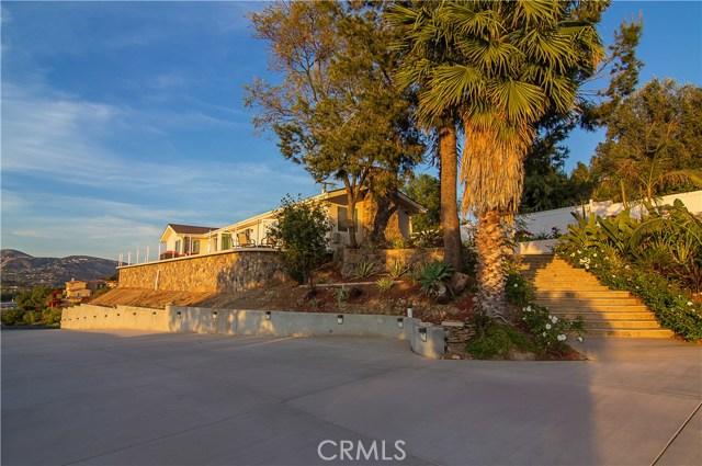 109 S Eucalyptus Drive, Anaheim Hills, CA 92808