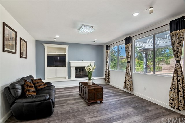 394 Via Cresta, Newbury Park, CA 91320