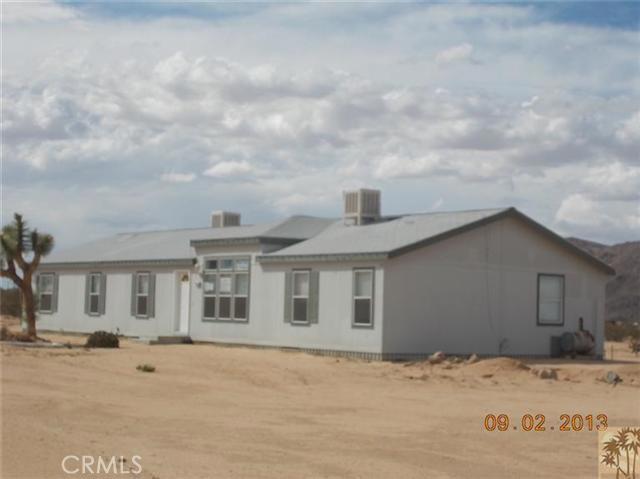 60422 Stearman Rd, Landers, CA 92285 Photo 2