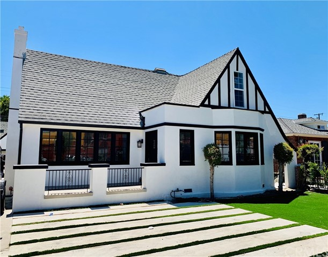 2560 Flower Street, Huntington Park, CA 90255