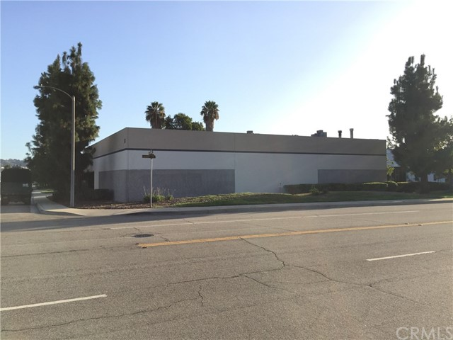 115  commerce Way, Walnut, California