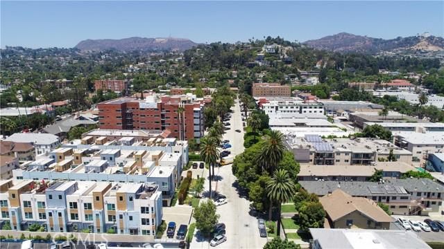 29. 5627 W Observation Lane Los Angeles, CA 90028