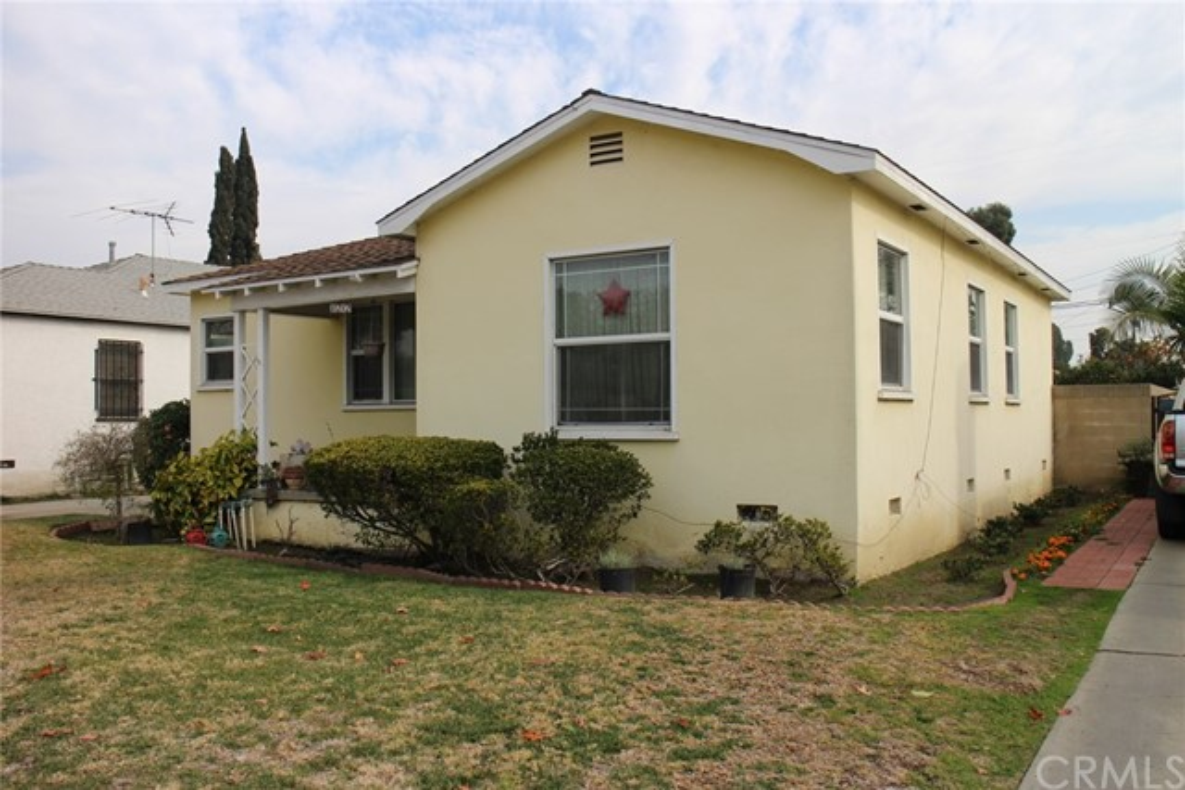 11212 Elm Street, Lynwood, CA 90262